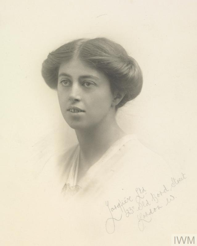Evelyn Hilda Dixey MBE