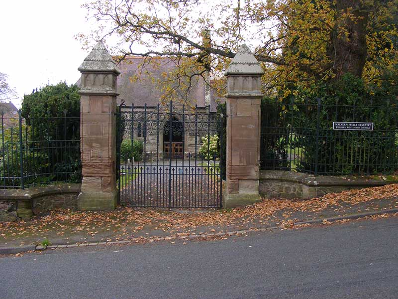 Malvern Wells Cemetery Entrance